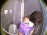 Girl glued on public toilet Thumbnail