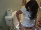 hot lady farting pooping on toilet 2 Thumbnail