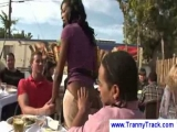 Ebony tranny waitress blows two guys Thumbnail