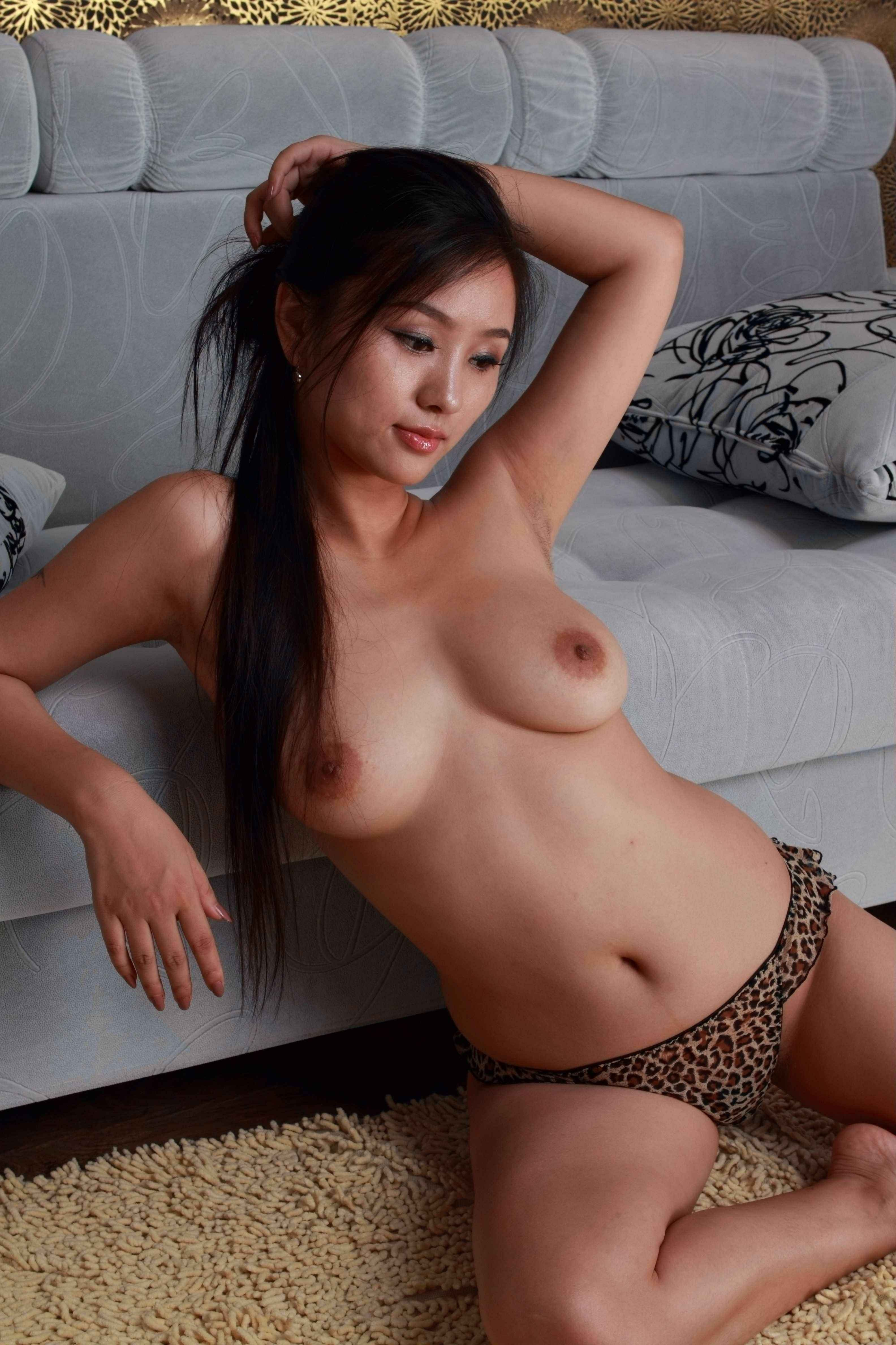 Asian cuties in the fucking cell 7