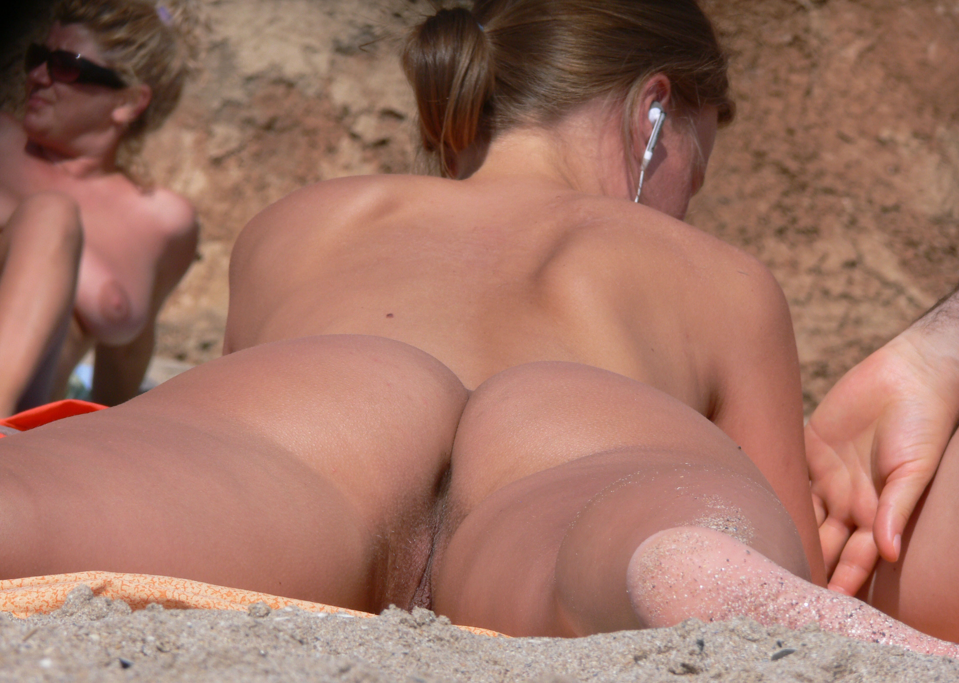 Photos blowjob at nudist beach apologise