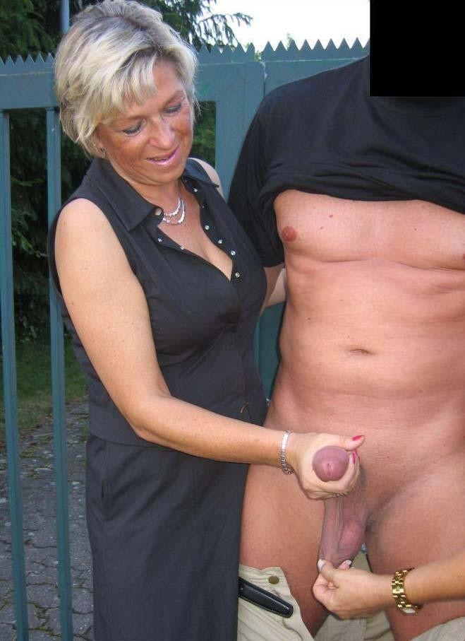 Pussy outdoor lesbian girl