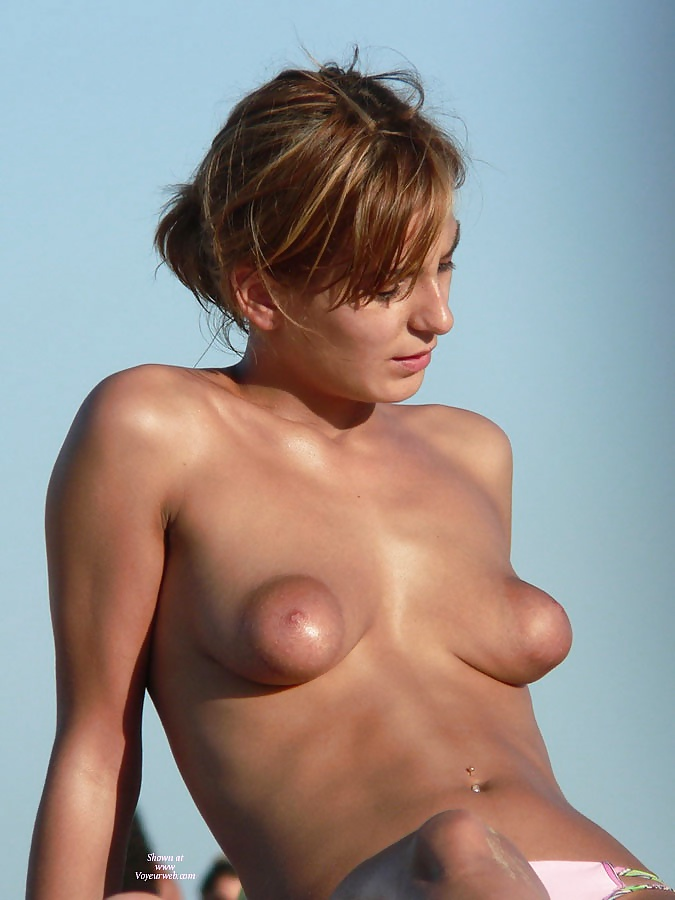 Teen boobies with hot nipples, by Popularity at Hot Amateur Girls