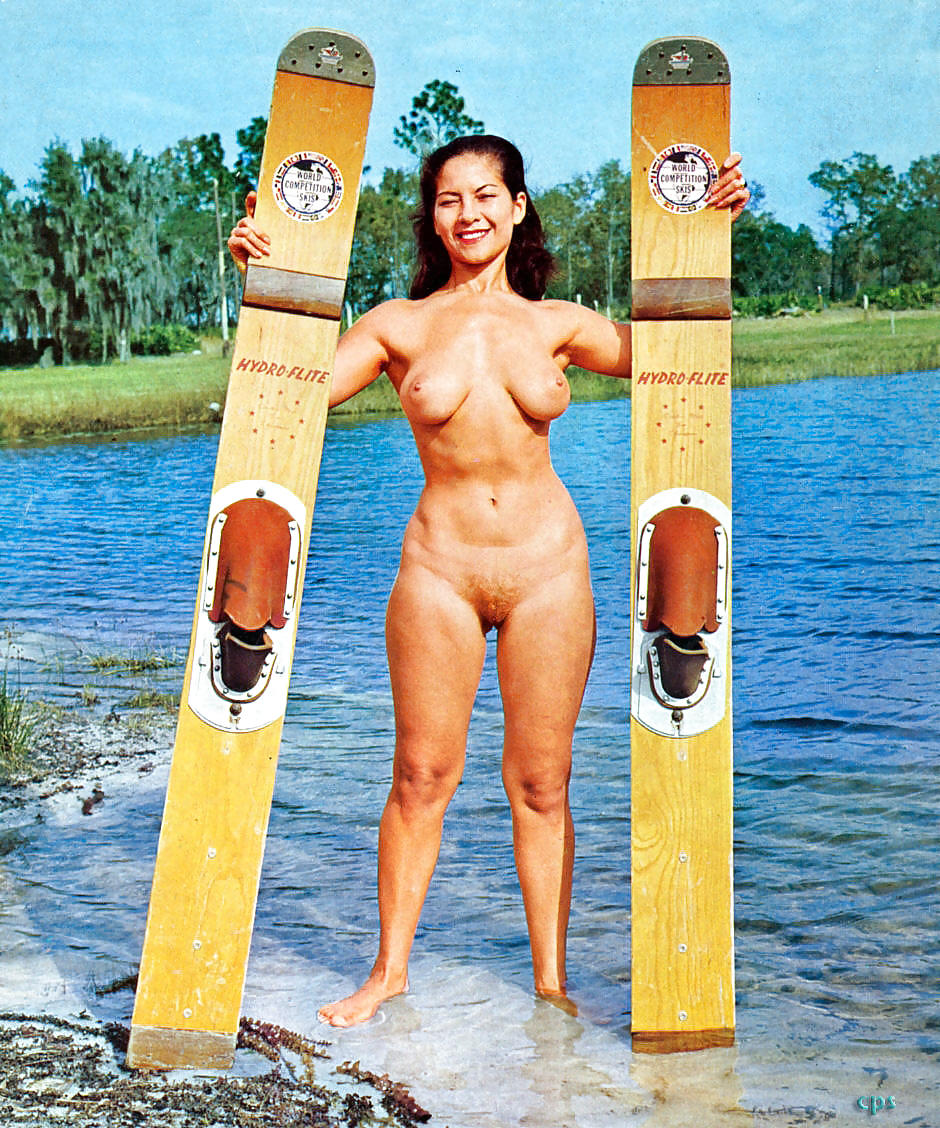 golie-retro-nudistki