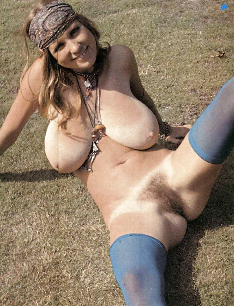 Hot and heavy orgy on lawn outside with studs wearing collars and naked bitches 4