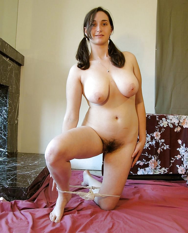 Hairy pussy free video gallery moms
