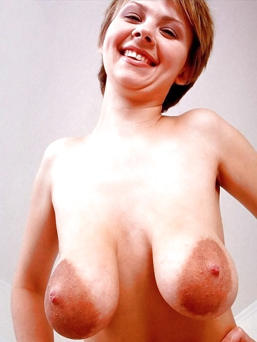 Free nude pics of simmons wife