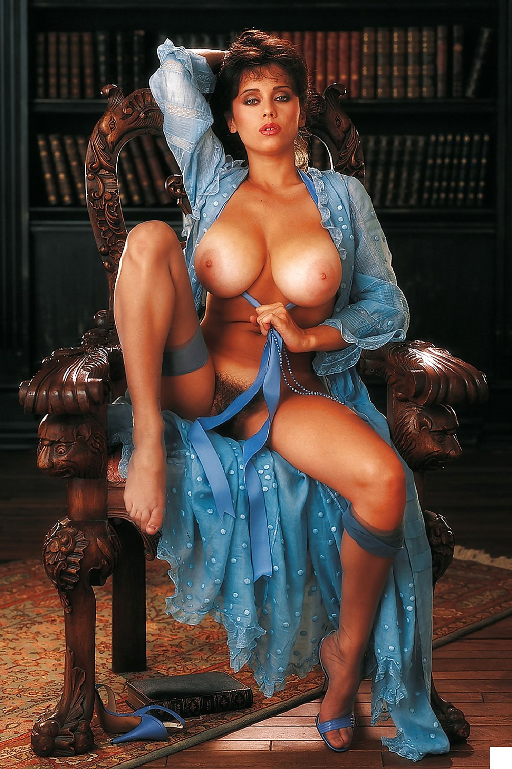 Classic Busty 73
