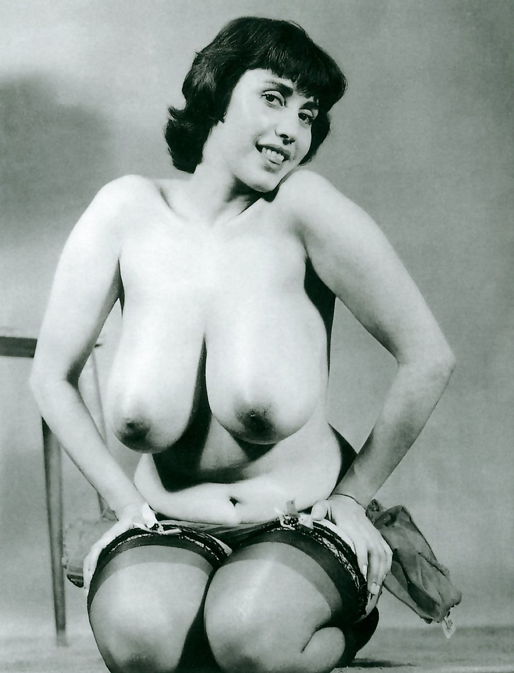 Vintage Mature Big Breasted this